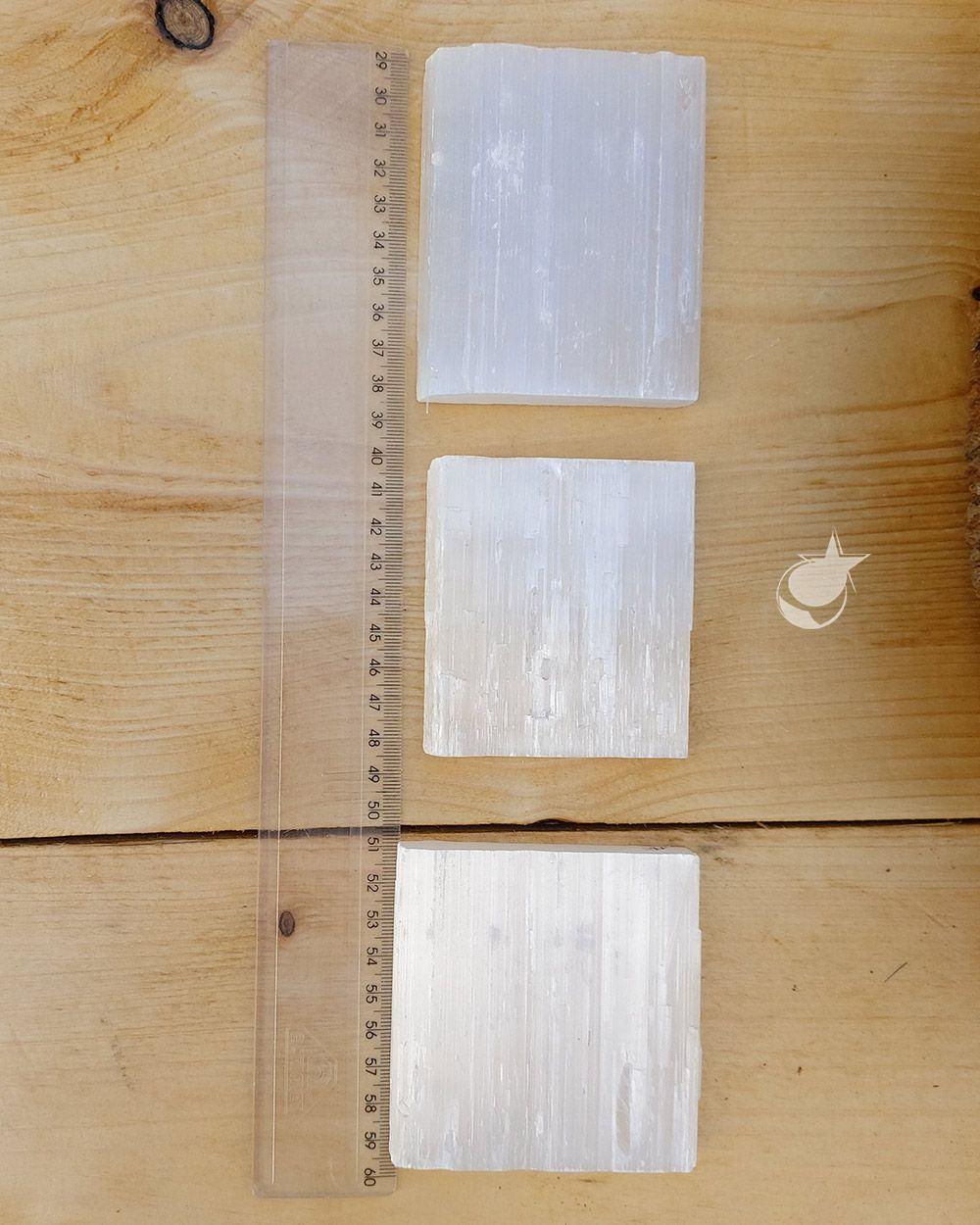 SELENITA BRANCA BRUTA - UNIDADE - 8 a 10 cm - (180 a 200g)