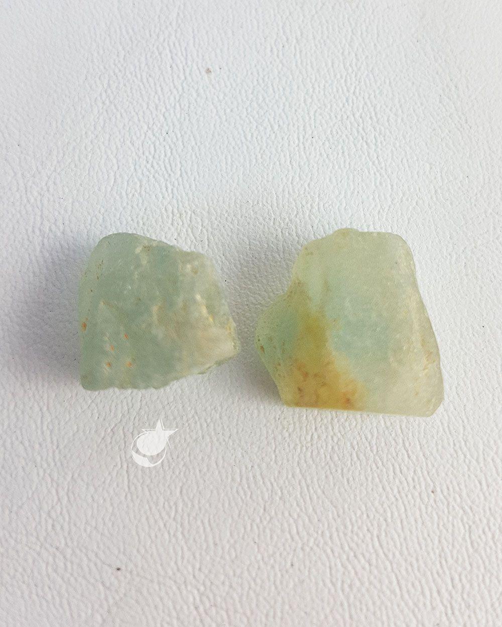 TOPÁZIO AZUL BRUTO - PACOTE COM 10g (2 a 4 pedras)