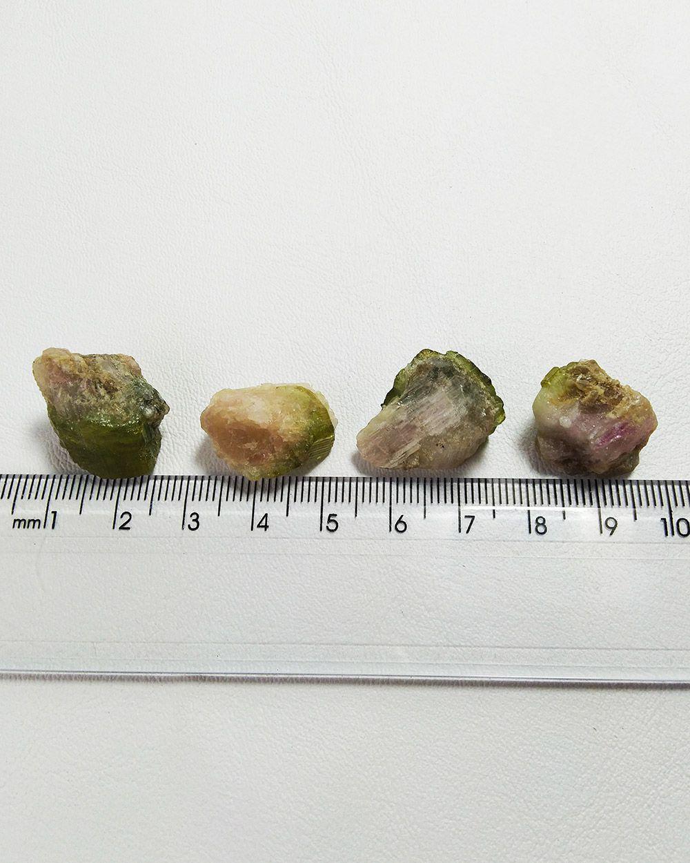 TURMALINA MELANCIA BRUTA - UNIDADE -  1 a 1,5 cm