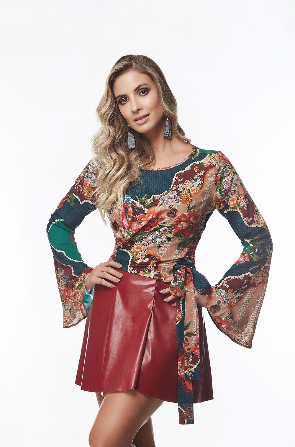 367b90b922 Blusa Estampada Transpassada - VANKOKE - Moda Feminina - Vestidos ...