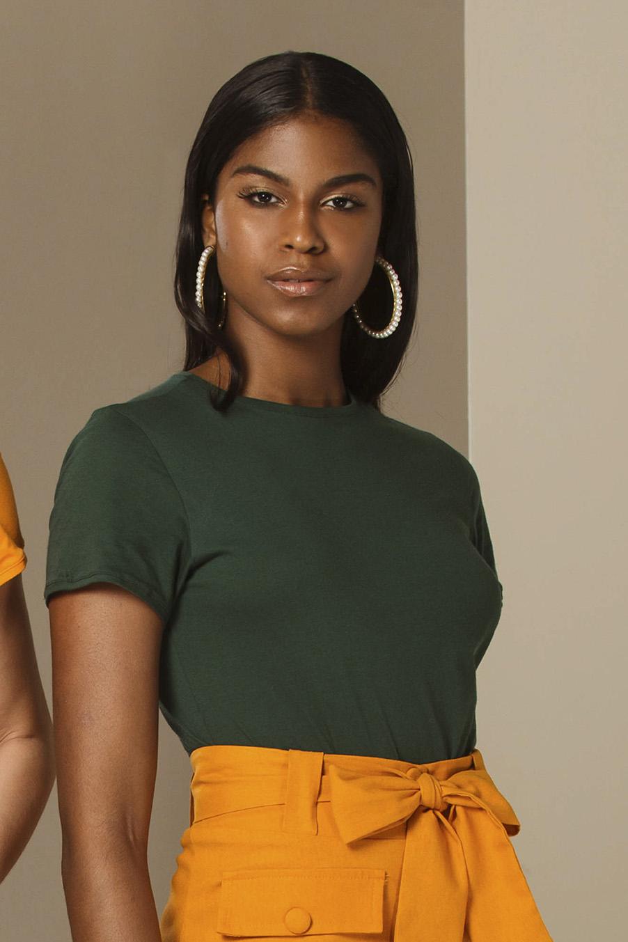 Blusa T-Shirt Baby Look Verde Escuro e Mostarda