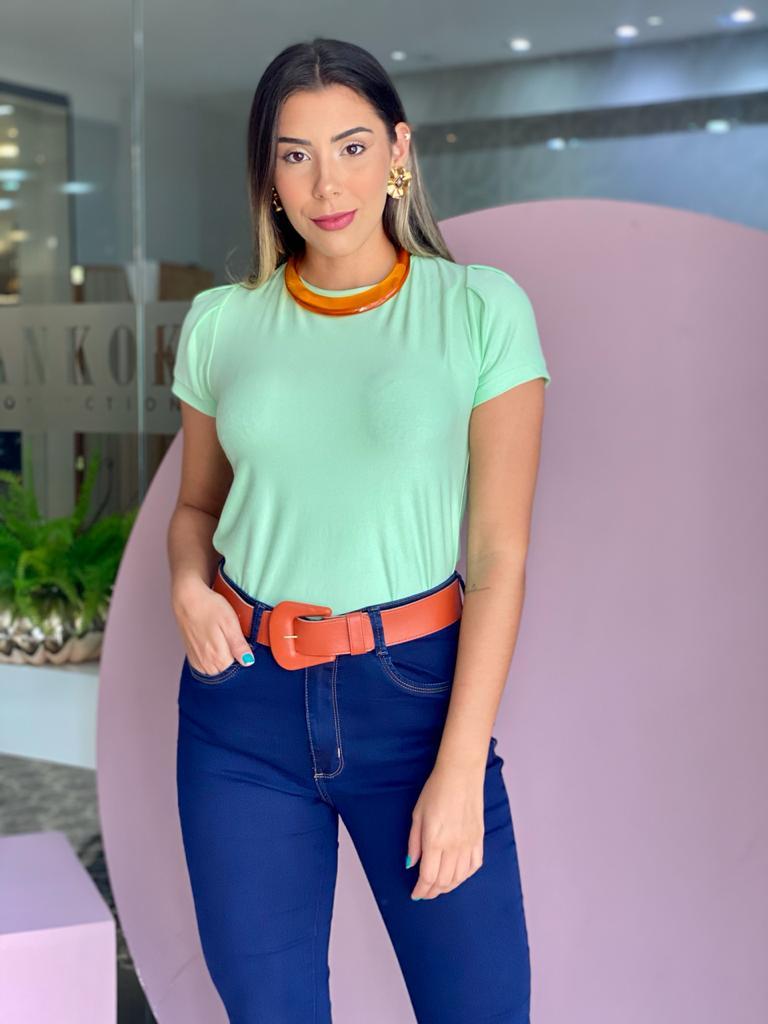 Blusa T-Shirt Verde Mint Gola Canoa