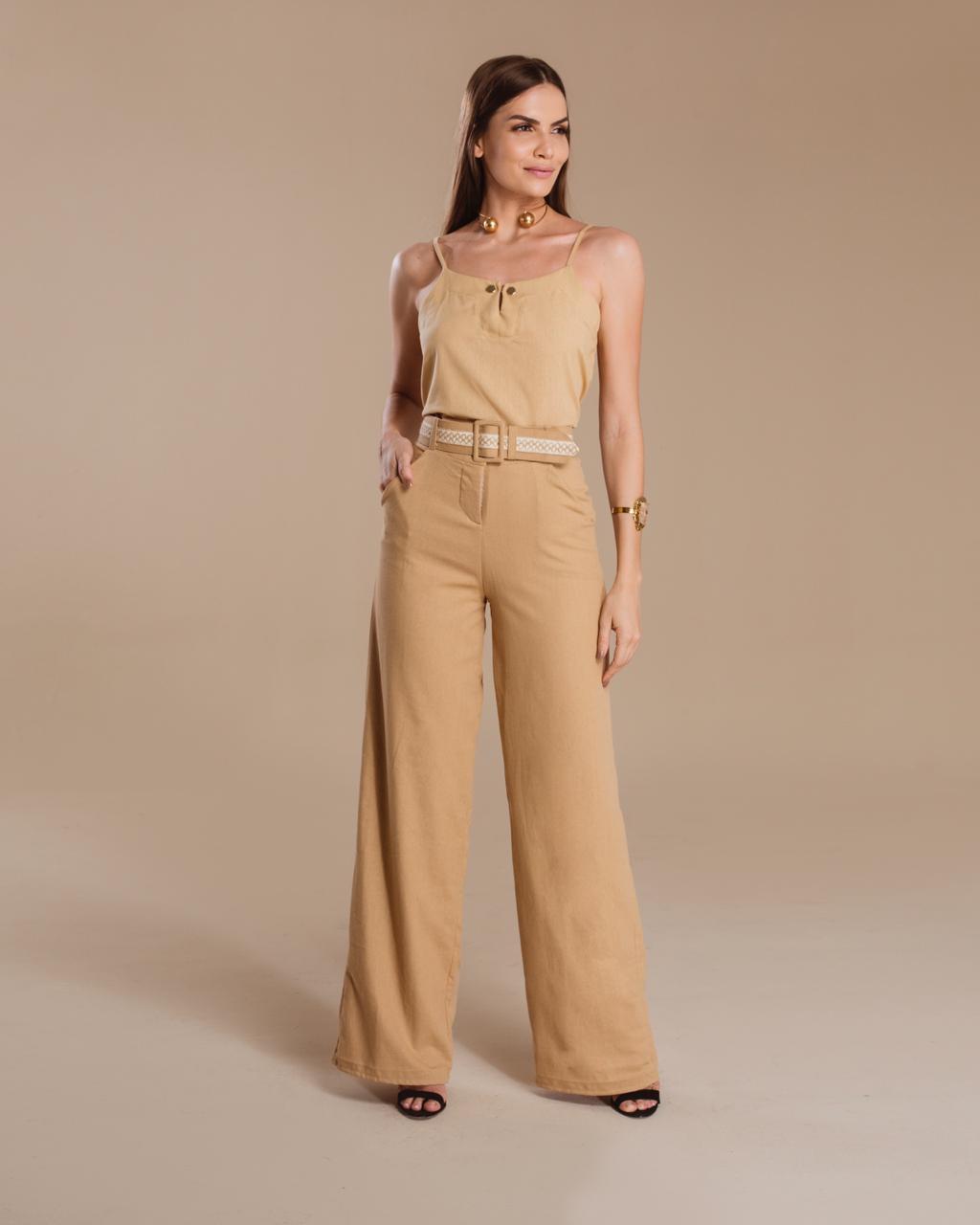 2610d7aad Calça Pantalona de Linho Bege com Cinto - VANKOKE - Moda Feminina ...
