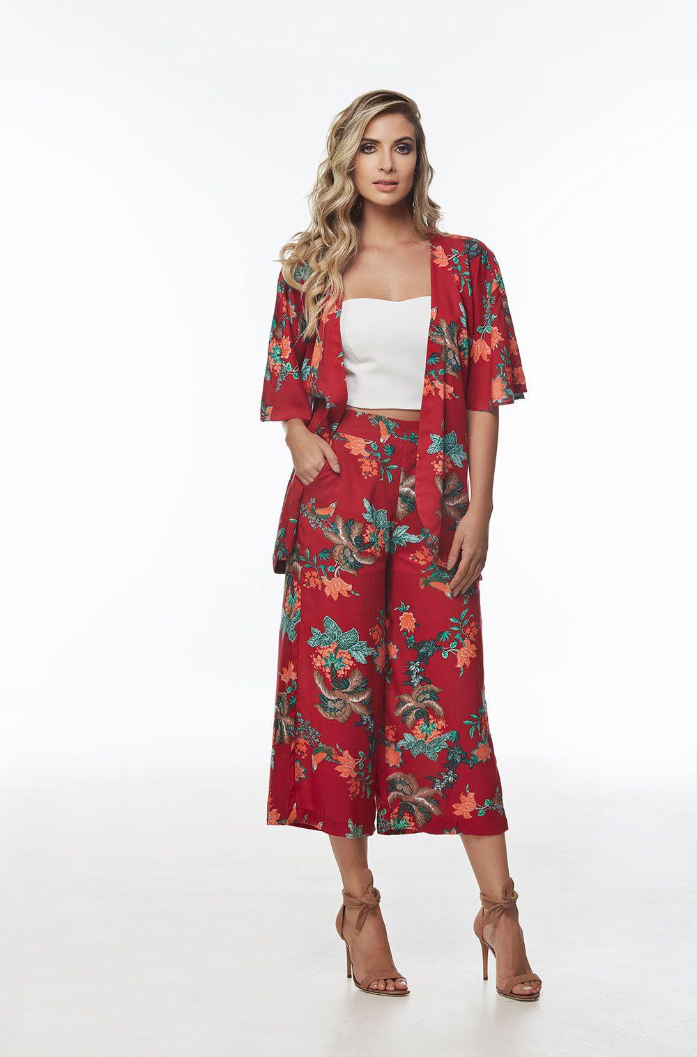 a1aa4bfa6 Conjunto calça pantacourt e kimono estampada - VANKOKE - Moda ...