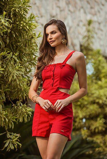 26eecc345 Macacão curto de linho cor vermelha - VANKOKE - Moda Feminina ...
