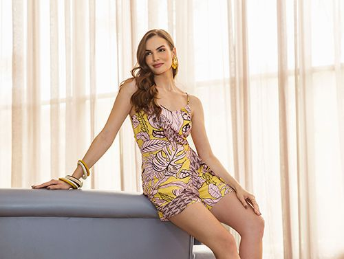 7c8ccb925 Macacão curto estampado floral - VANKOKE - Moda Feminina - Vestidos ...