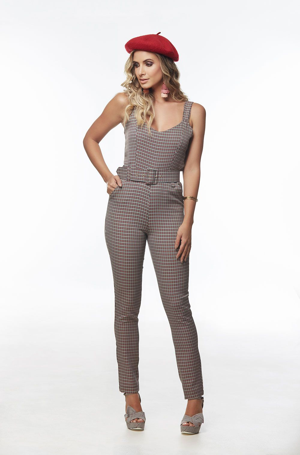 8dcd55b6b Macacão longo xadrez - VANKOKE - Moda Feminina - Vestidos