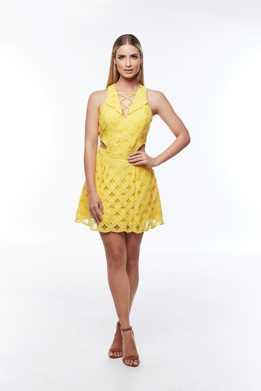 4b7c70dc1 Vestido Curto Amarelo - VANKOKE - Moda Feminina - Vestidos, Blusas ...
