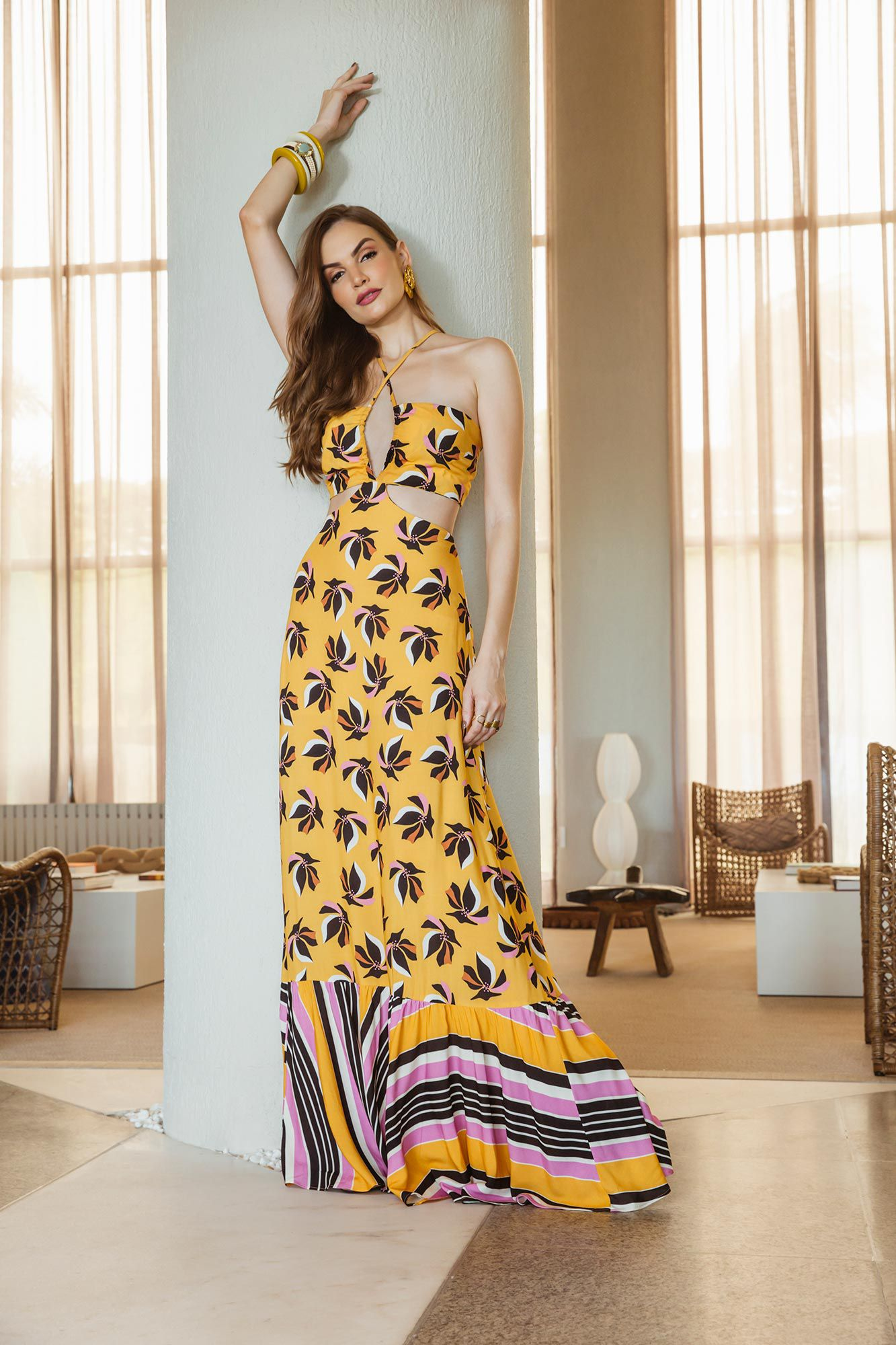 d230373f56 Vestido Longo Mix Estampa Floral e Listras - VANKOKE - Moda Feminina ...