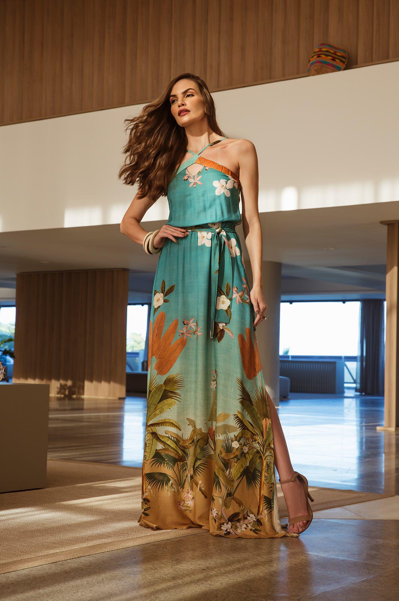 Vestido longo estampado floral com detalhe