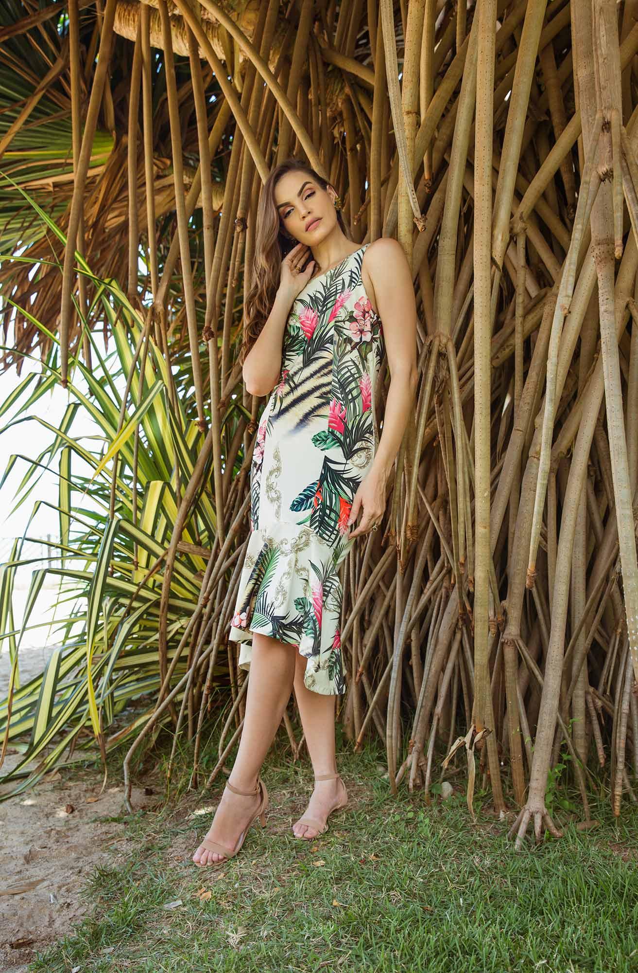 Vestido Midi Estampado Peplum Floral