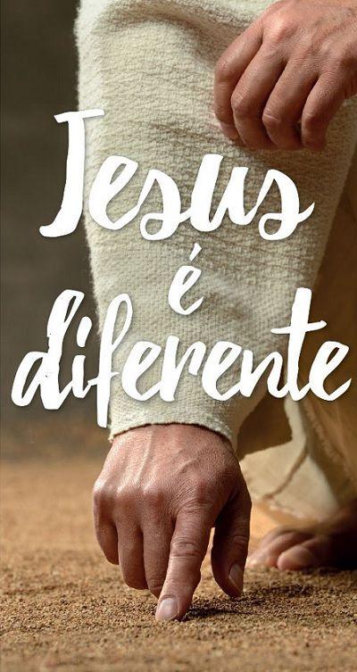 Folheto Jesus é Diferente (Pacote com 100)