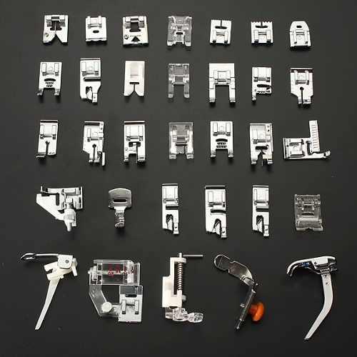 Kit com 32 Calcadores /  Sapatas para Máquina de Costura Doméstica - Super Kit com 32 calcadores