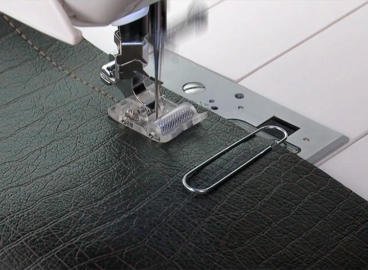 Kit com 8 calcadores - transporte duplo facilita o arraste do tecido