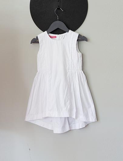 vestido leve branco