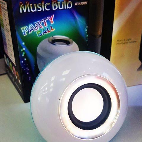 Lampada Led Music Bulb Party Ball Som Bluetooth + Controle