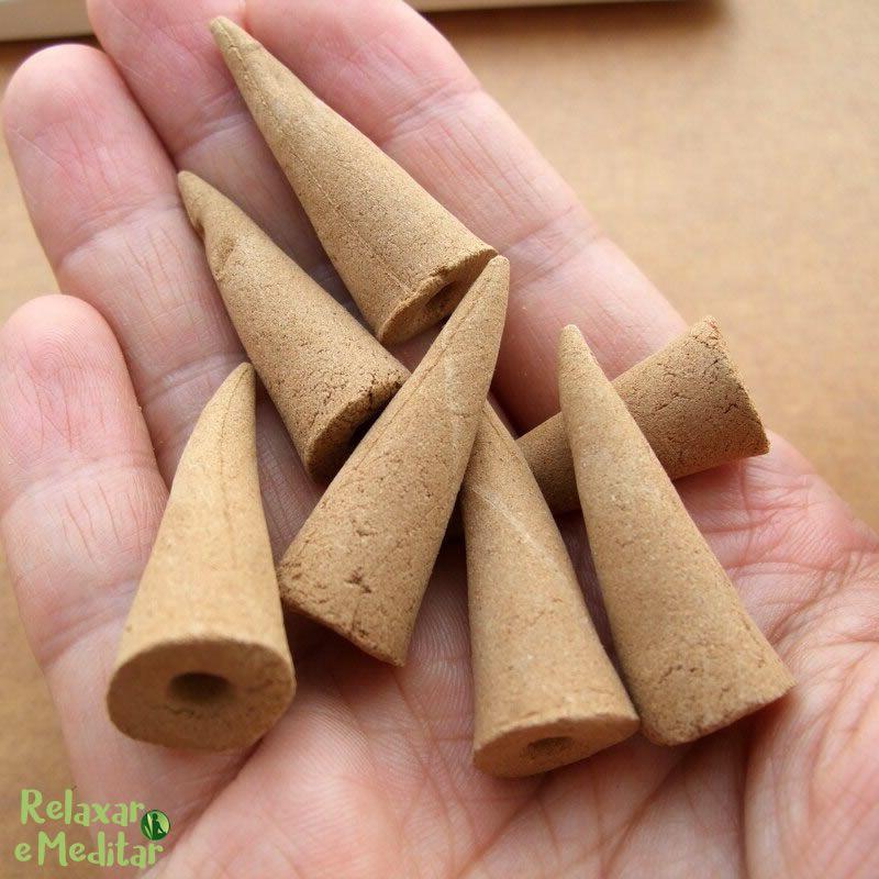 Incenso Cone para Cascata de Fumaça (Chocolate com Pimenta)