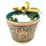 Fonte de Água Grega com Relevo em Cerâmica (12cm)
