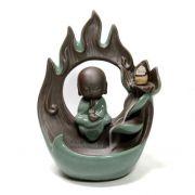 Incensário Cascata de Fumaça com Monge no Arco de Fogo (20cm)