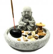 Jardim Zen em Cimento com Buda, Lanterna Chinesa e Porta Incensos