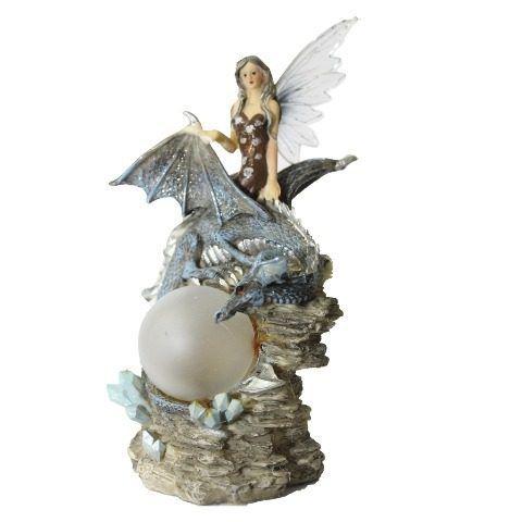 Fada com Esfera de Luz e Dragão em Resina (21cm)