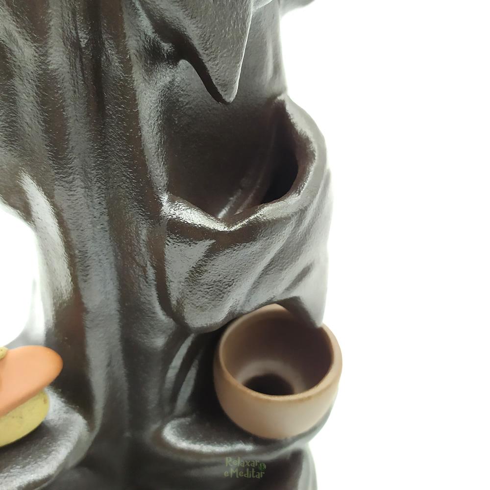 Cascata de Fumaça em Cerâmica Pinga Água (Monge)
