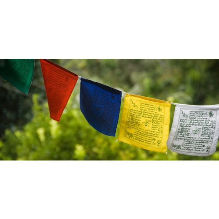 Cordão com Bandeirinhas Tibetanas M (14cm)