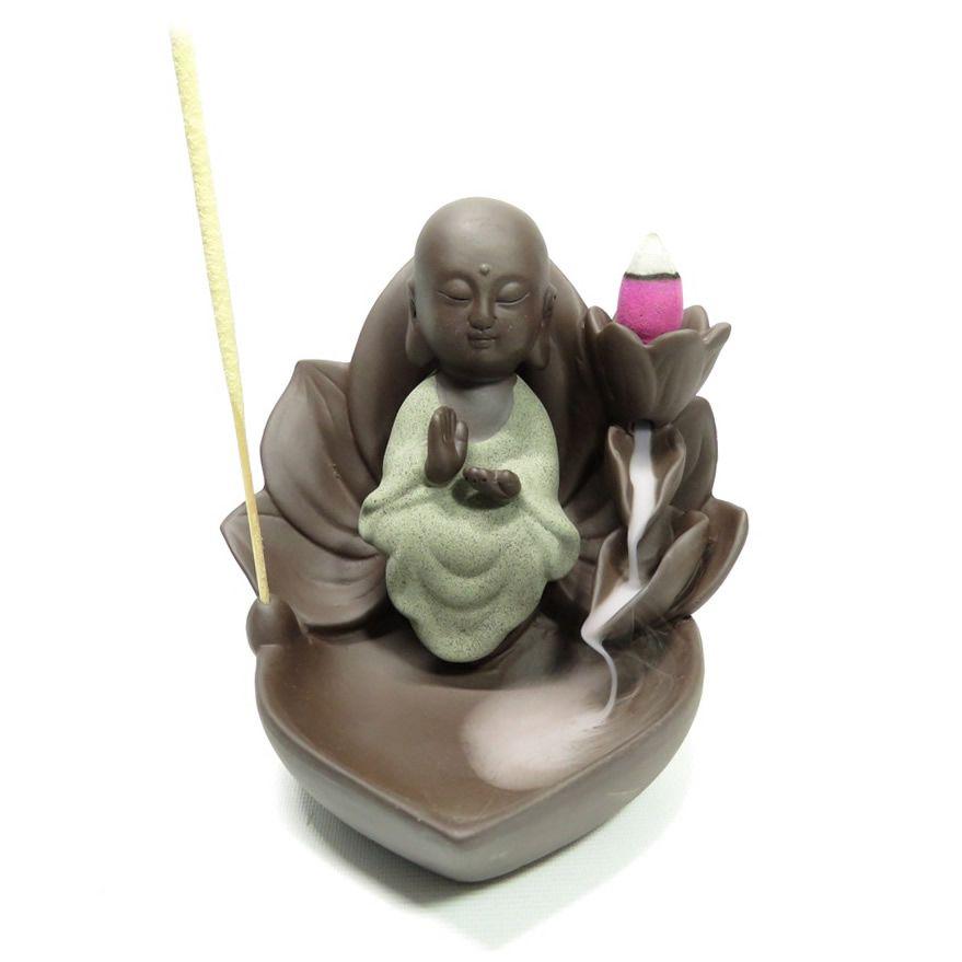 Porta Incensos Cascata de Fumaça Flor de Lótus com Monge (Benção)