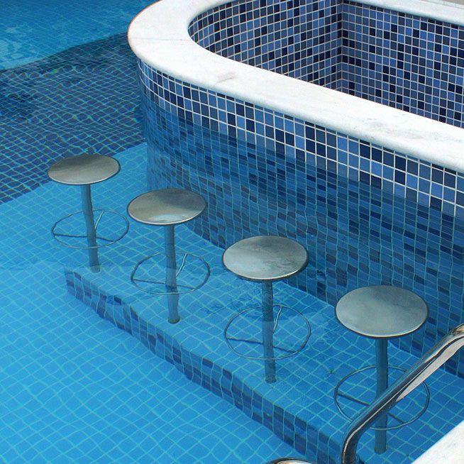 Banco em inox para piscinas - Sodramar