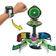 Omnitrix Playset 2 em 1 - Mundo Micro - Boneco Ben 10 Sunny