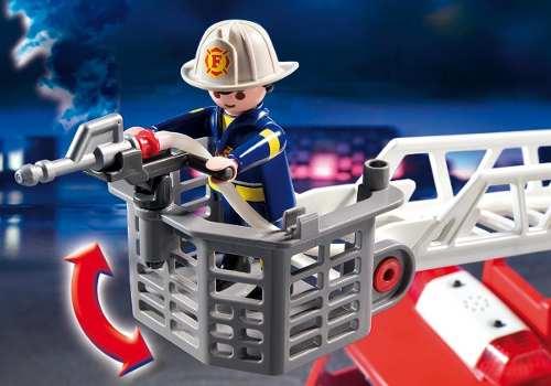 Playmobil - Caminhão De Bombeiro Com Escada - 13 Peças
