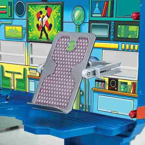 Ben 10 - Playset Veiculo - Lata Velha E Laboratorio - 2 Em 1