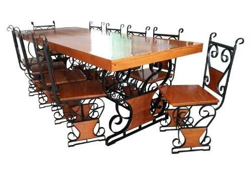 Jogo de Mesa Com 10 Cadeiras em Madeira e Ferro