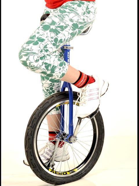 Monociclo Bike 1 Roda - Bicicleta De Circo Aro 26