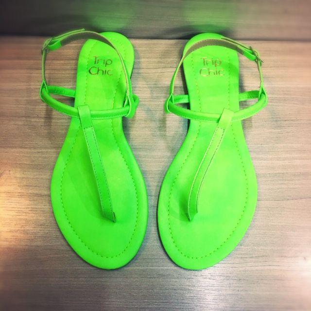 Rasteirinha Verde Neon Trip Chic