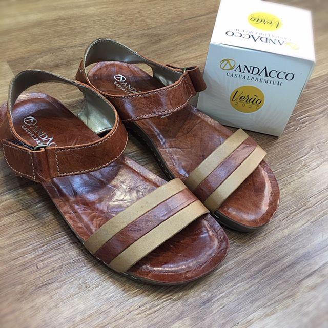 SANDÁLIA RASTEIRA CONFORT ANDACCO EM COURO