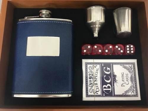 Kit Cantil Porta Bebidas Para Whisky Com Jogo De Xadrez