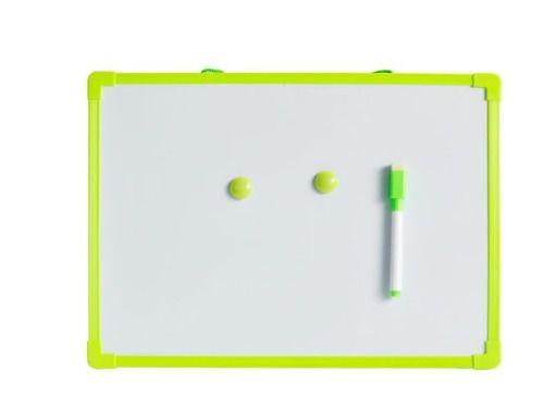 Quadro Branco 50x35cm Com 2 Imãs E Caneta Com Apagador Verde