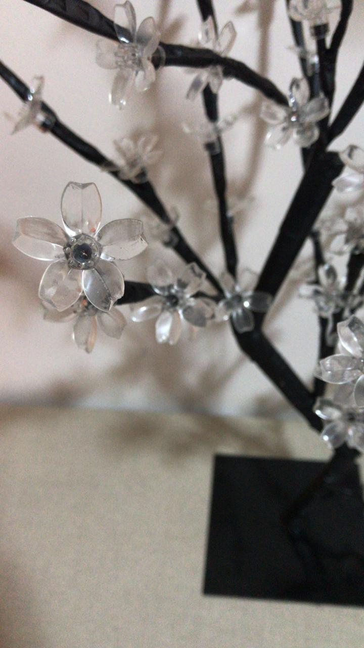 Luminária Abajur Árvore Cerejeira Decoração 60 Leds - Rosa