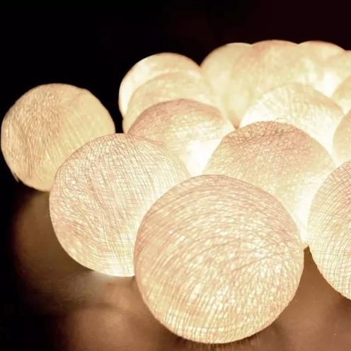 Luminária Cordão Fio De Luz 10 Bolas De Led Decoração - Creme