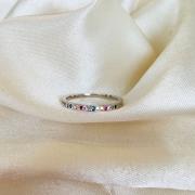 Anel Cravejado Colorido Banhado em Ródio Branco