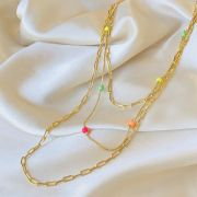 Colar Triplo Corrente Elos Achatados Bolinhas Coloridas Banhado em Ouro 18k