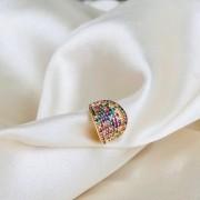Piercing de Pressão Maxi Cravejado em Zircônias Coloridas Banhado em Ouro 18k