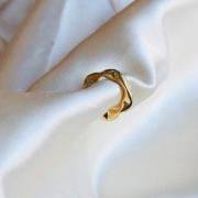Piercing de Pressão Geométrico Juliette (M) Banhado em Ouro 18k