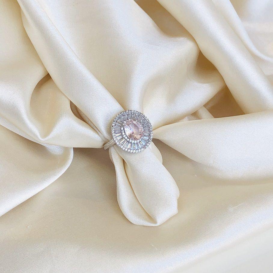 Anel Maxi Oval Rosa Banhado em Ródio Branco