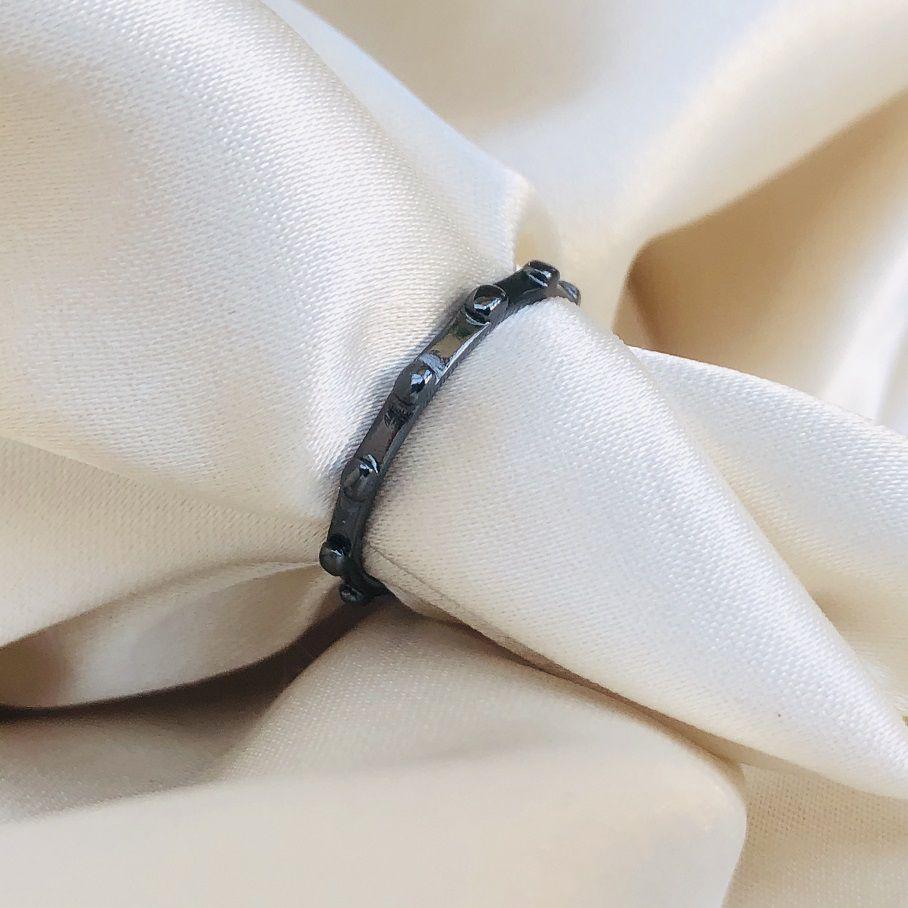 Anel Tercinho de Dedo Banhado em Ródio Negro