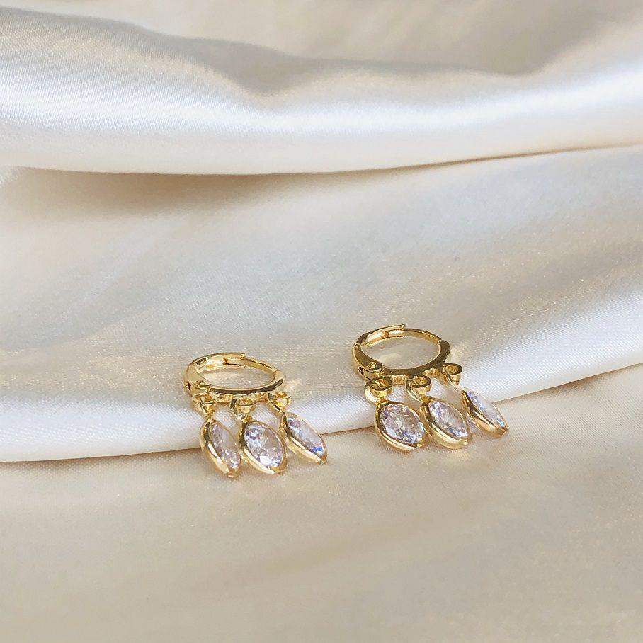 Argolinha com Pingentes de Zircônias Banhada em Ouro 18k