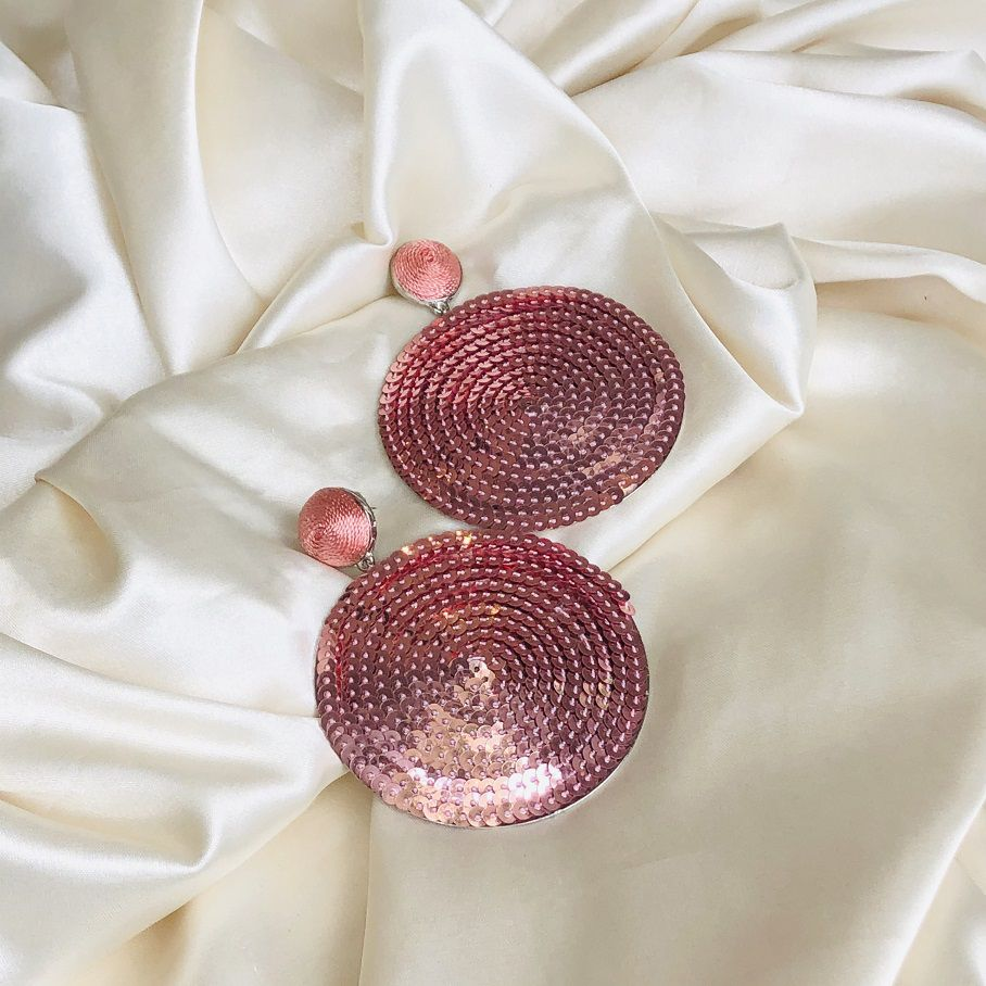 Brinco Círculo Paetês Rosê Banhado em Ródio Branco