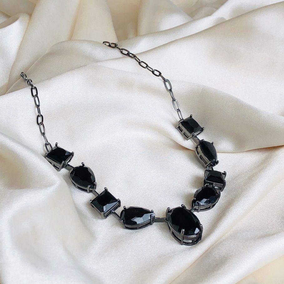 Choker Pedras Ovais Ônix Banhada em Ródio Negro