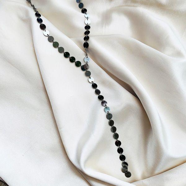 Colar Gravata de Medalhinhas Banhada em Ródio Negro